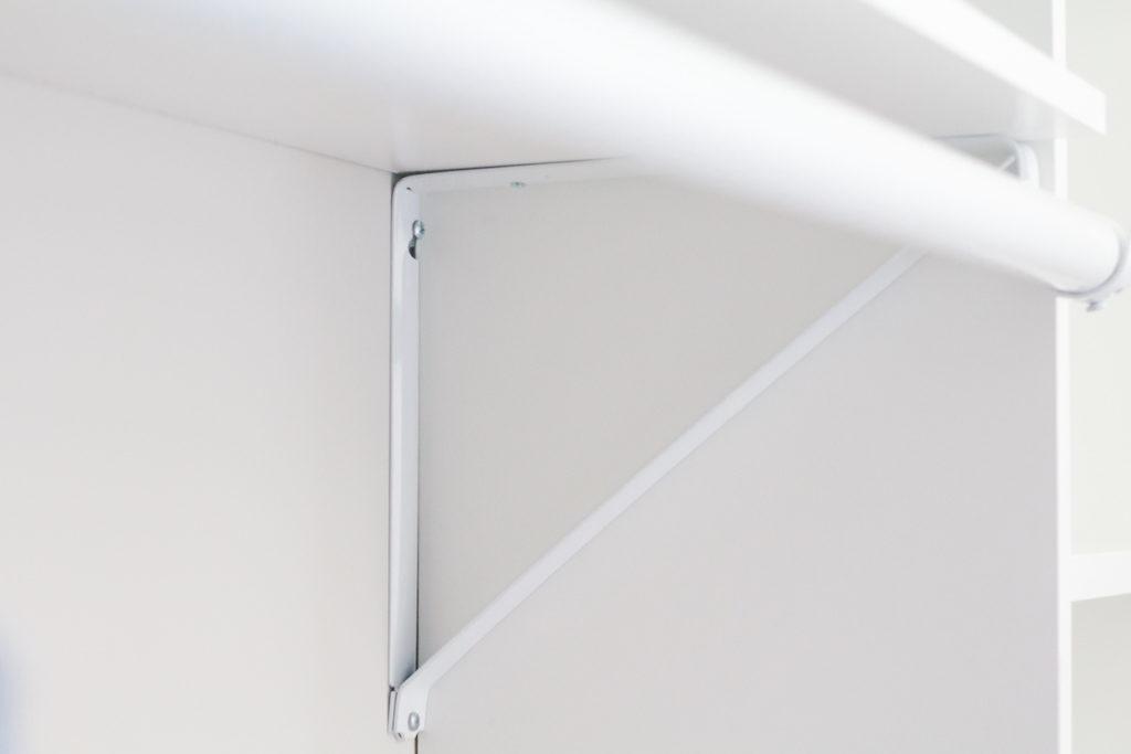 closet shelf bracket
